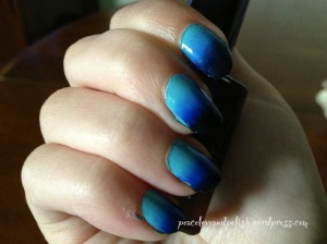 Basic gradient nail art in natural indoor light